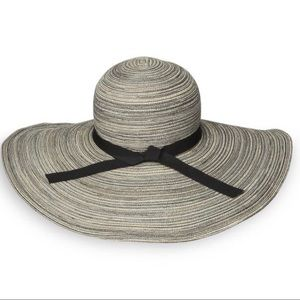 NWT Sun Day Afternoons Milan Sun Hat
